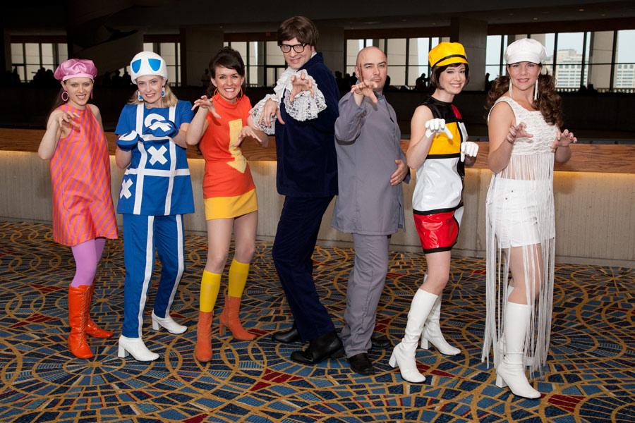 Kay Dee Costumes Austin Powers Mondrian Bar Waitress Dress