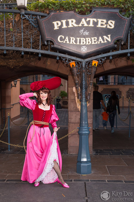 pirates of the caribbean redhead