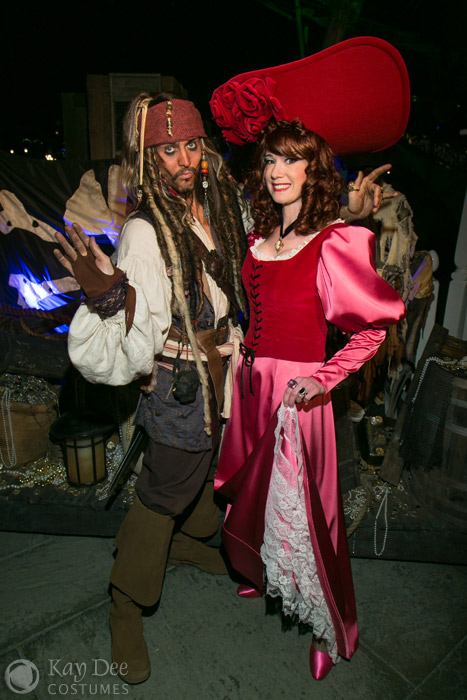 Redheaded Wench costume build - POTC Attraction Jack